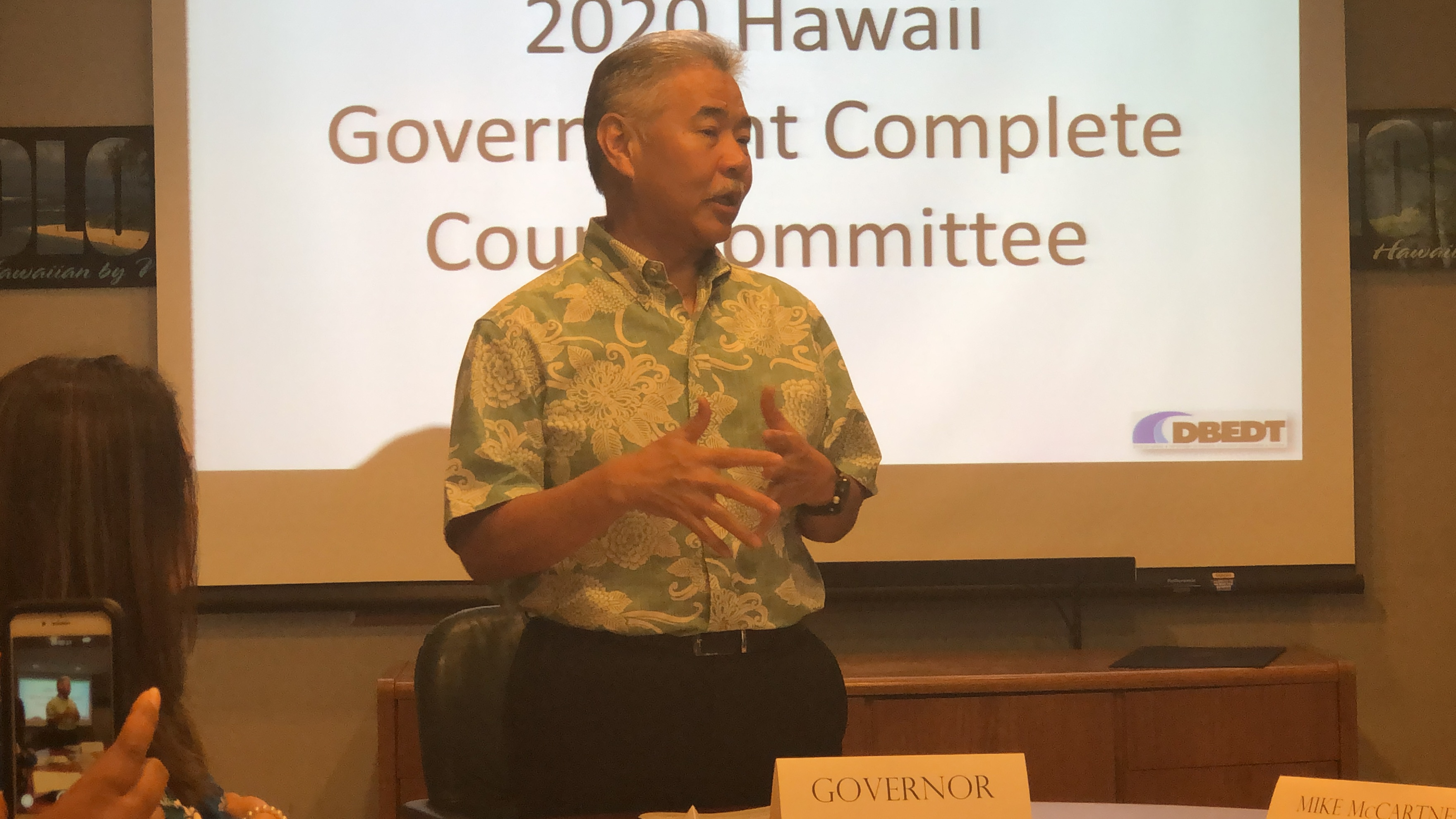 Governor Ige with HGCCC members